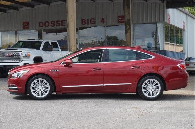 Pre-Owned 2018 Buick LaCrosse FWD Premium