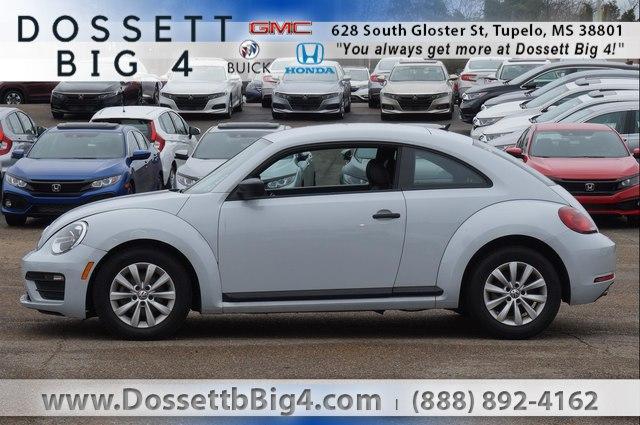 Pre-Owned 2017 Volkswagen Beetle 1.8T Fleet Auto