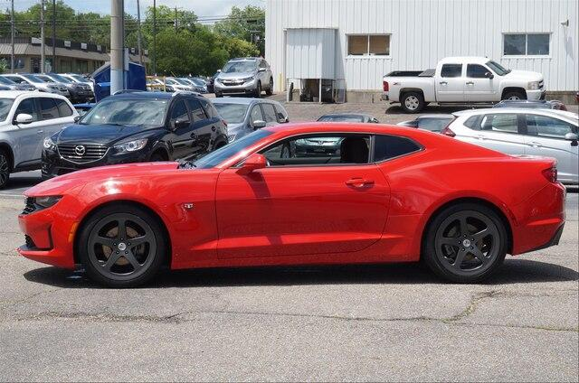Pre-Owned 2019 Chevrolet Camaro 2dr Coupe 1LT