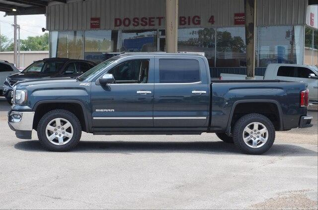 Certified Pre-Owned 2017 GMC Sierra 1500 Crew Cab Short Box 4-Wheel Drive SLT