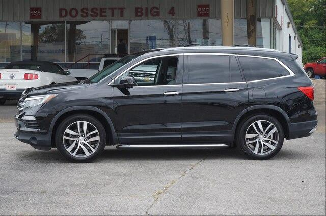 Pre-Owned 2016 Honda Pilot 2WD Touring with DVD Rear Entertainment System and Navigation
